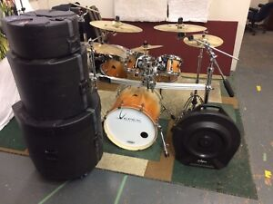 Epek drums w/ rack and cases