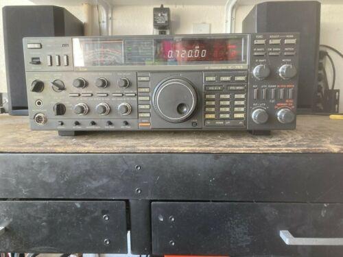 Ham radio tranceiver. Icom. 765
