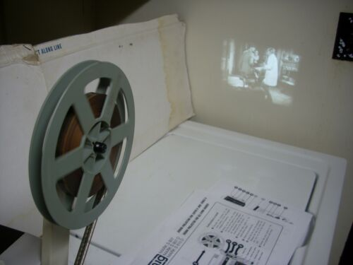 EUMIG 807 D SUPER 8/8mm SOUND PROJECTOR IN WORKING ORDER W/ SPROCKETS AND PLATES