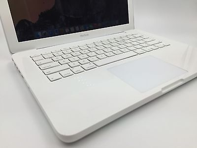 "Apple MacBook 13"" MC516LL/A Intel Core 2 Duo 2.4GHz 2GB RAM 250GB HD"