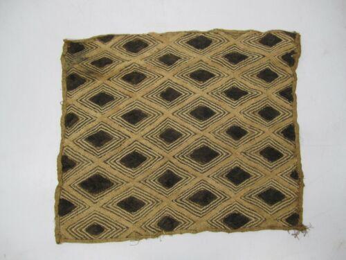 "Vtg Handmade African Woven Raffia Cloth Rug Tapestry Diamond Pattern 23""x20"""