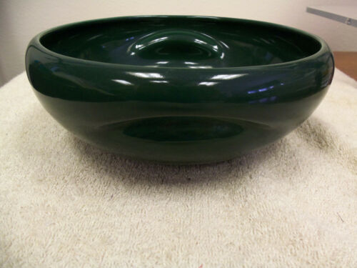 VINTAGE RUSSEL WRIGHT CHINA BY IROQUOIS - DARK GREEN PINCHED HANDLE SERVING BOWL