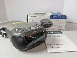 Emerson CKD9901 Digital Dual Alarm Clock AM FM Radio Snooze CD Player