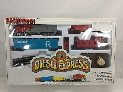 BACHMANN DIESEL EXPRESS-HO ELECTRIC TRAIN SET-00092- 3 X 3 TRACK CIRCLE