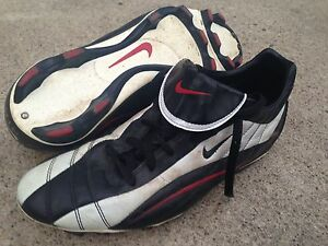 Soccer cleats size 14