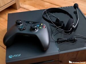 Xbox One comes with games, headset and 2 controllers!