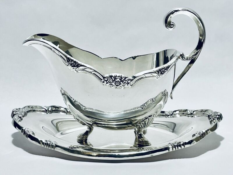 Stunning Antique Victorian Remembrance Silver Plated Gravy Boat By Roger Bros