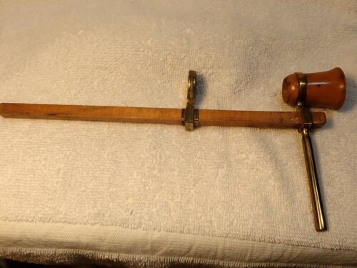 LONDON 1890 WOODEN OPTOMETER FOR CRUDE MEASURING  VISION IN GREAT CONDITION!