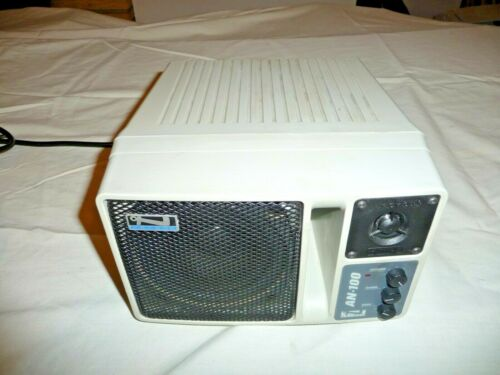 Anchor Audio AN-130 Powered 2-way speaker TESTED & WORKING