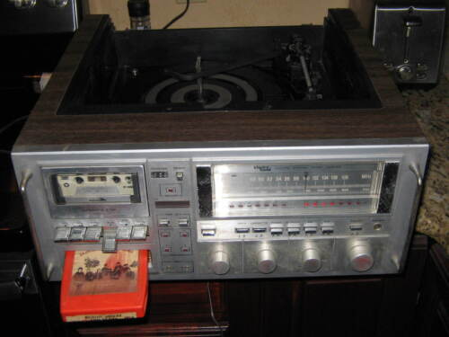 Vintage Electro Brand stereo AM FM,8 Eight Track phono,cassette Player /works
