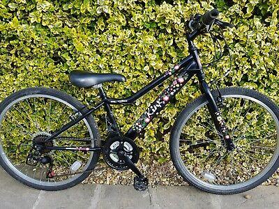 Girls mountain bike. 24 Inch wheels