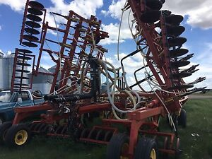 40' 5710 Bourgault air drill