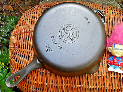 Griswold 5 Cast Iron Skillet, 2505 - BEAUTIFUL Level Clean Smooth