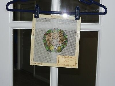 "NEEDLEPOINT PATTERN PAINTED ON CANVAS ""NEW"" GIRL IN CHRISTMAS WREATH 8"" X 8"""