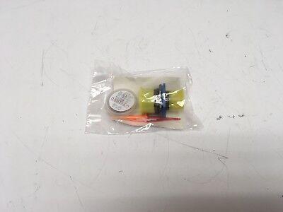 New Amphenol Deutsch D3899924we26sn Mil-spec Connector Wpins M3902956-351
