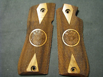 Gun Grip Models (Star Model BM BKM Checkered+LOGO DblDiamond French Walnut Pistol Gun Grips NEW )