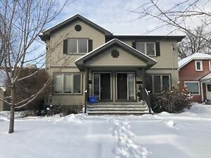 POWER  OF SALE - AMAZING SEMI - Castle Heights  - Must Sell
