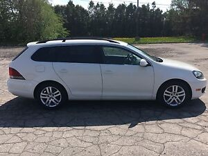 Golf wagon 2.5 . Volkswagen 2010