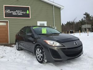 2010 Mazda3 ONE OWNER! BRAND NEW WINTER TIRES & MVI