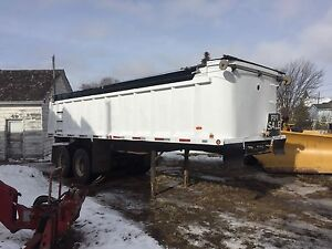 1988 McCoy Renn 24' end dump