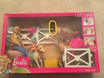 Barbie Hugs 'N' Horses - playset Barbie and Chelsea and 2 horses Brand New (1)