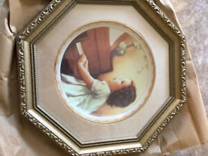 decorative art collectible plate