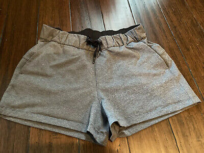 "LULULEMON ON THE FLY MR SHORTS, 2.5"", HEATHERED BLACK, NWOT, 8"
