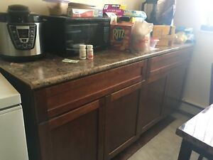 Cabinet/counter top