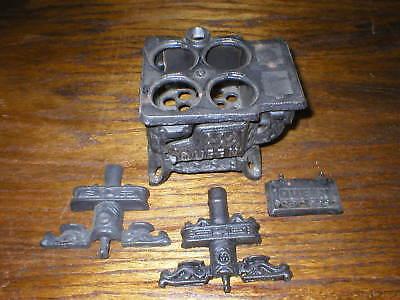 VTG Queen Black Cast Iron Miniature Stove For Parts 4 Pieces