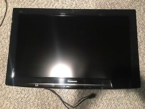 Lot of 3 flat screens