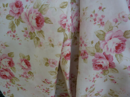 Lecien Durham Quilt Large Pink Roses on Off White Wow Roses Sage Leaves BTY