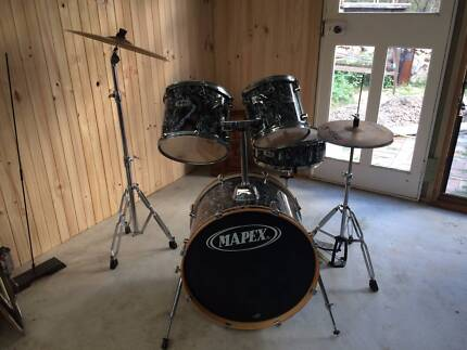 Mapex Drum set with Alchemy cymbals