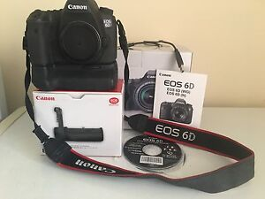 Canon 6D, BGE-13 Battery Grip. Reduced Price..
