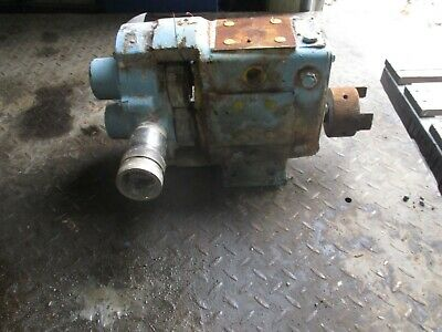 Waukesha Pump Stainless 125100c R2-6 Mod5040 Port 2 Used