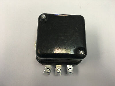 Massey Ferguson Tractor Voltage Regulator To35 35 65 85 135 165 185 182548m92