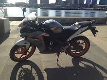 2013 HONDA CBR125R Melbourne CBD Melbourne City Preview