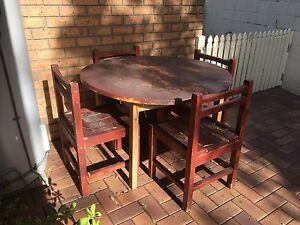 Table and four chairs Carina Heights Brisbane South East Preview