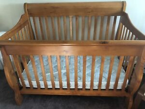 Convertible Crib to Toddler Bed