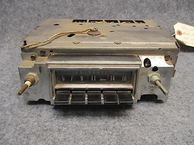 Delco GM AM Radio Push Button UNTESTED CORE 45PCW-7480 OEM 28225