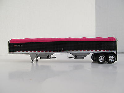 DCP 1/64 SCALE WILSON GRAIN TRAILER BLACK WITH PINK TARP AND SILVER HOPPERS