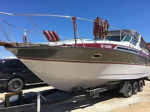 Professionally Maintained Cabin Cruiser