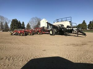 Bourgault 3310 Airdrill and 6450 Air cart