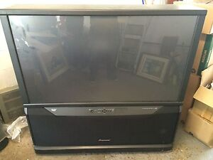 Pioneer 53 inch rear projection HD TV