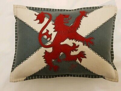 BNWT Jan Constantine small Scottish Lion embroidered woolen cushion