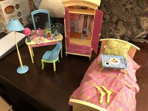 Barbie Bedroom & Kitchen furniture + accessories!