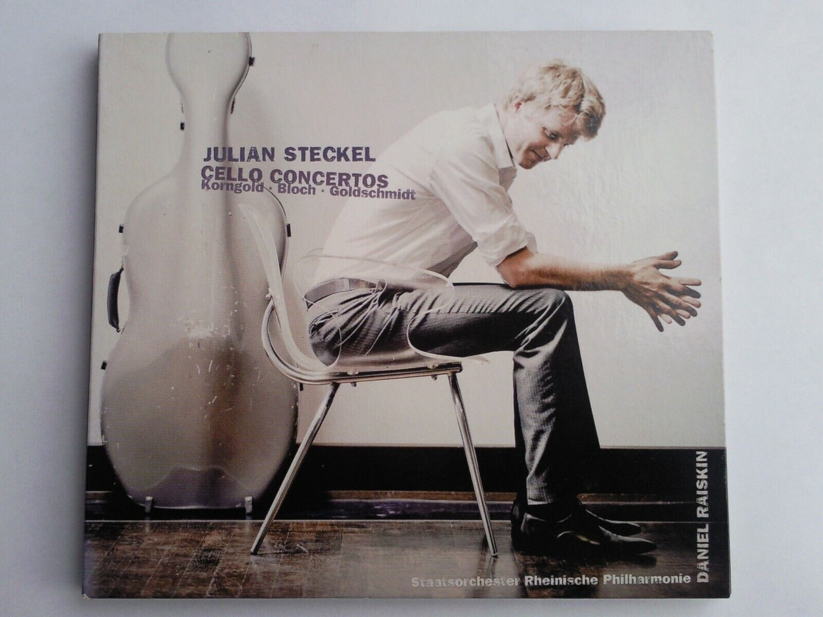 Julian Steckel im radio-today - Shop