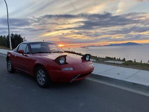 1990 Mazda Miata w/ Brand New Soft Top + Hard Top