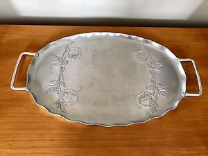 Vintage Hammered/Stamped Aluminum Oval Tray