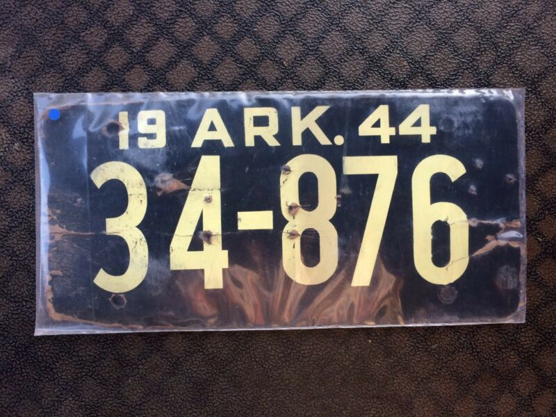 1944 ARKANSAS LICENSE PLATE 34-876