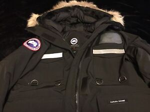 Canada Goose Resolute Parka Jacket $550